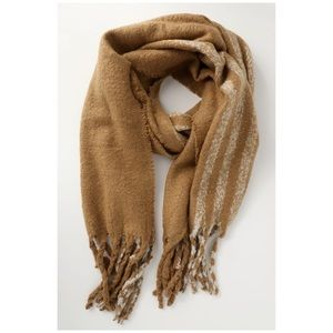 Lulu's Accessories - NWT LULUS ONE SIZE KNITTED WARM SCARF 🌸❤️
